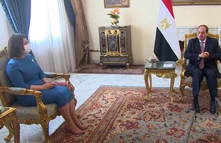 Egyptian president reiterates full support for Libya's interim govt