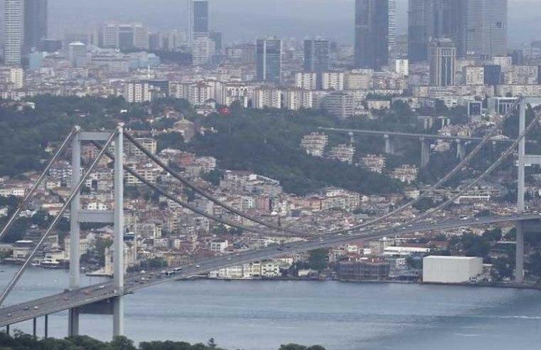 Turkey tells Russia Istanbul canal will not affect Bosporus governance