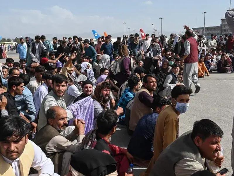 G7 Demands Taliban Guarantee Afghans Safe Passage After August 31