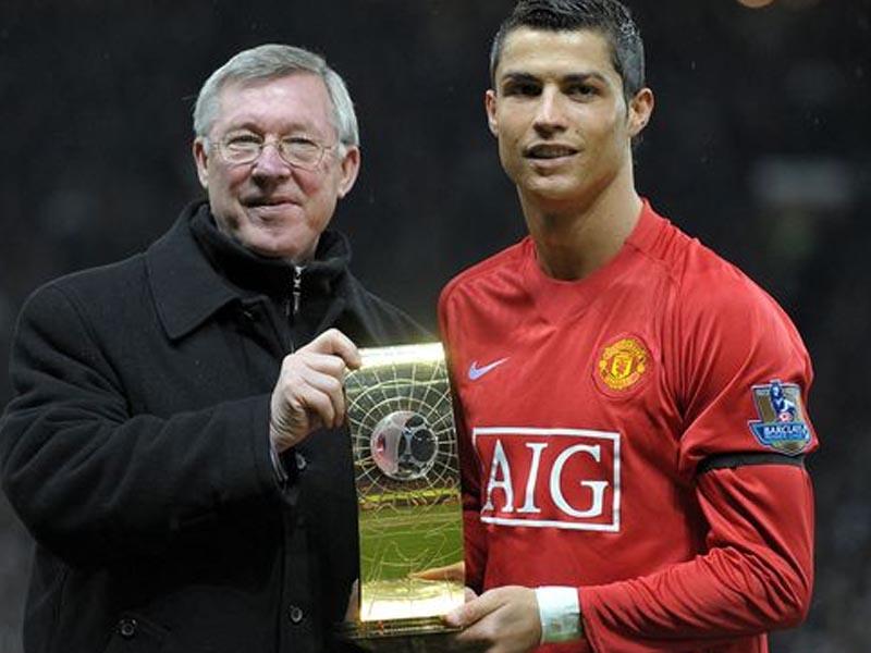 Sir Alex Ferguson used Cristiano Ronaldo phone call to get one over Arsenal