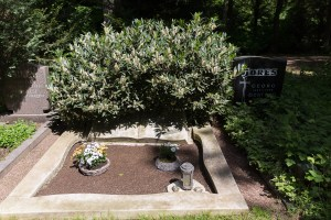 Grabstätte Karl Berbuer auf dem Südfriedhof, Bild: Thomas Salditt