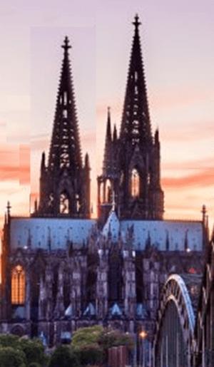 Die ungleich hohen Domtürme fallen nur dem geübten Betrachter auf, Bild: Uli Kievernagel
