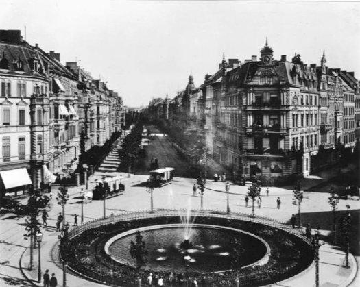 Der Barbarossaplatz um 1890
