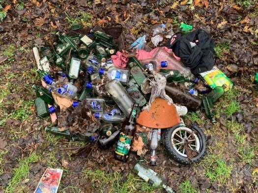 Müll in Merheim, Bild: Ralf Anton, @wirliebenunserestadt