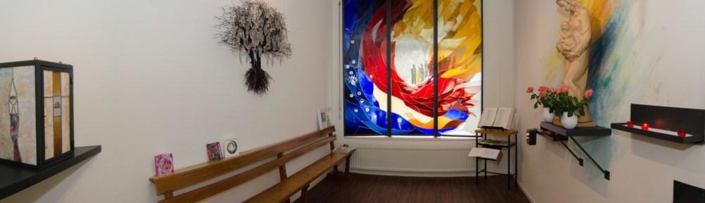 Afscheidsglas uit Tilburg maakt glazen grafmonumenten, gedenktekens, herdenkingsramen en urnen.