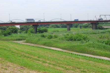 北側からの三国橋