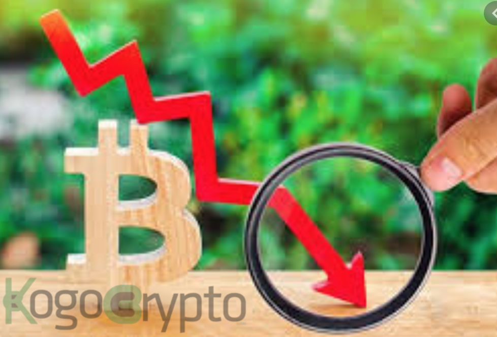 Bitcoin falls below $46K as the correction deepens; institutions continue to accumulate