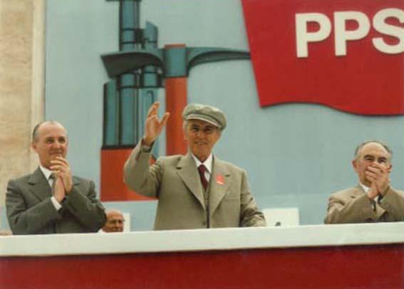 Tirane.1 Maj.83.- Nga e majta ne te djathte Shoket Ramiz Alia, Enver Hoxha dhe Adil Çarçani.ATSH.Foto: