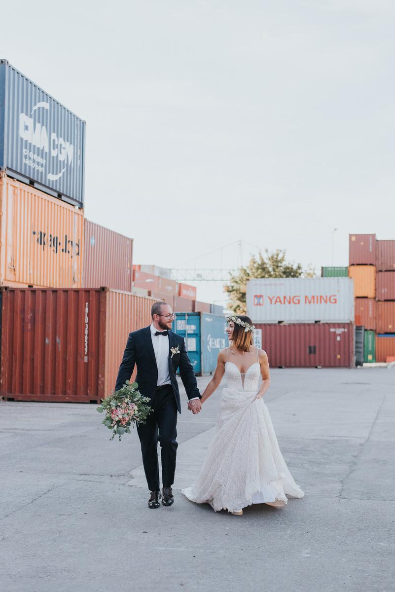 After Wedding Shooting Kohlmeier Fotografie Hochzeitsfotograf Tübingen Mössingen Container Wangen Klippen Shooting Hochzeitsfotos nach der Hochzeit