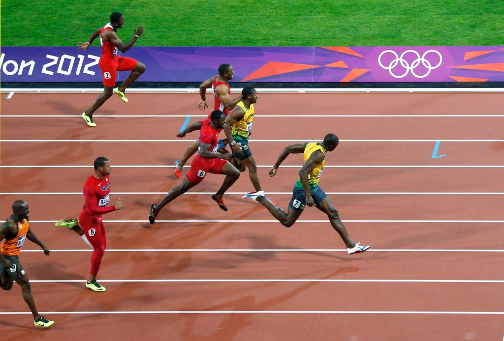Usain bolt win run Jamaica's Usain Bolt (R) pulls ahead to win the men's 100m final during the London 2012 Olympic Games at the Olympic stadium in London