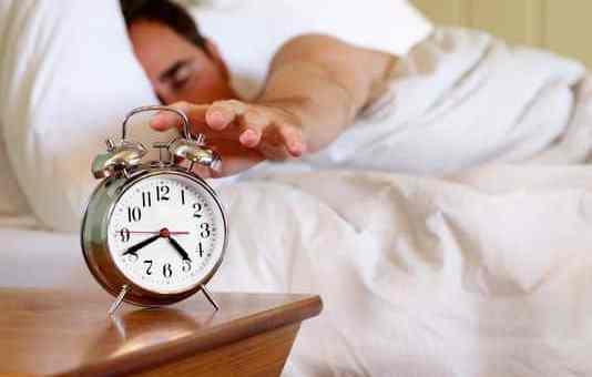 Dormire poco causa squilibro nei batteri del metabolismo