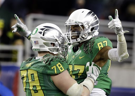ducks Cameron Hunt, Darren Carrington, 12052014 ap_105279