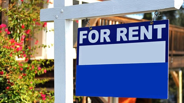 A generic For Rent sign in front of a home. (MGN Online)_268674