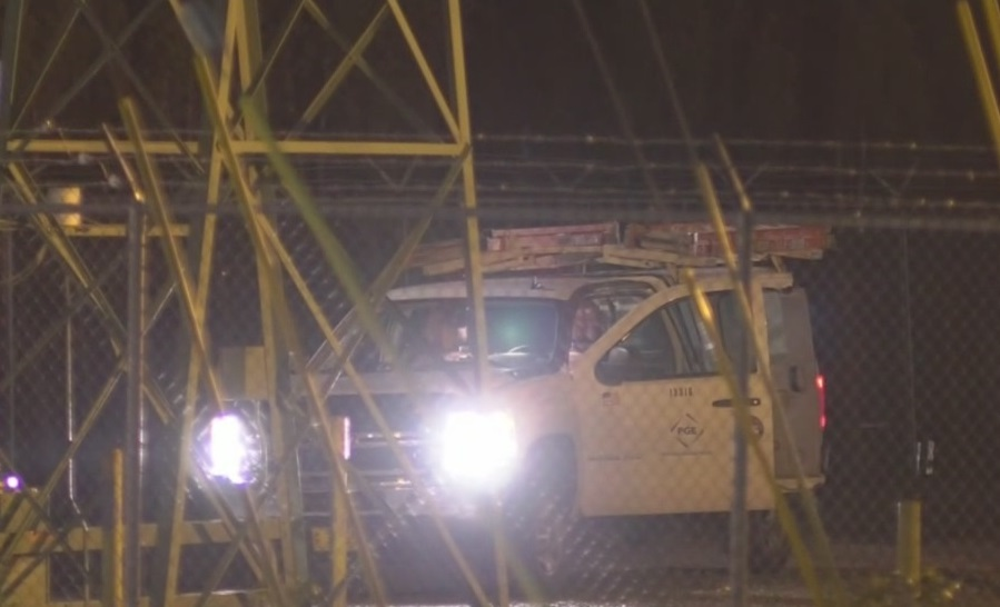 Portland General Electric crews work to restore power generic outage workers