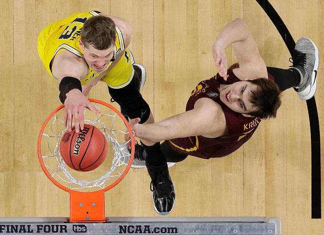 APTOPIX Final Four Loyola Michigan Basketball_1522540841452