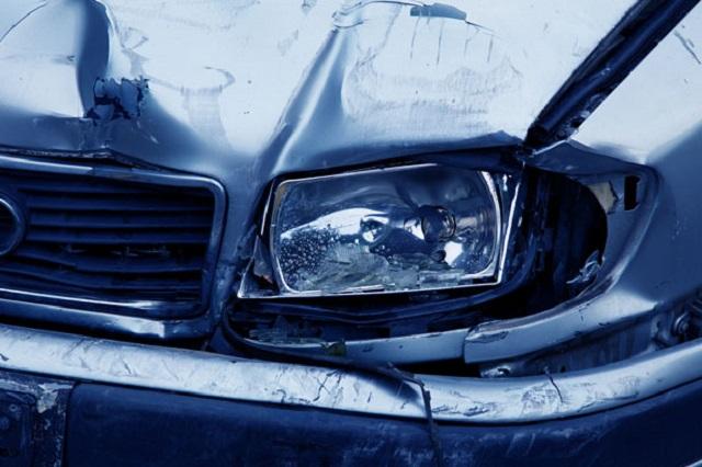 Several 'severely' hurt after 5-vehicle crash on Hwy 20