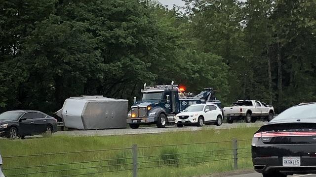 freeway horse trailer crash I5 Ridgefield 05212019_1558485438606.jpg.jpg