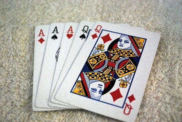 generic poker card full house 05072019 pdp_1557266181282.jpg.jpg
