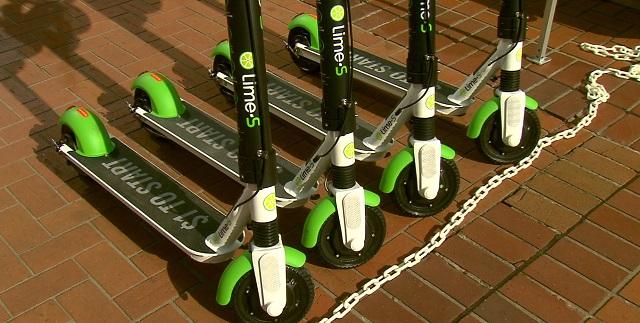 generic scooter lime c 04252019_1556221519996.jpg.jpg