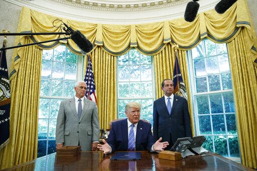 Donald Trump, Alex Azar, Mike Pence