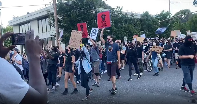 Night 91: Youth march wends through streets of SW Portland | KOIN.com