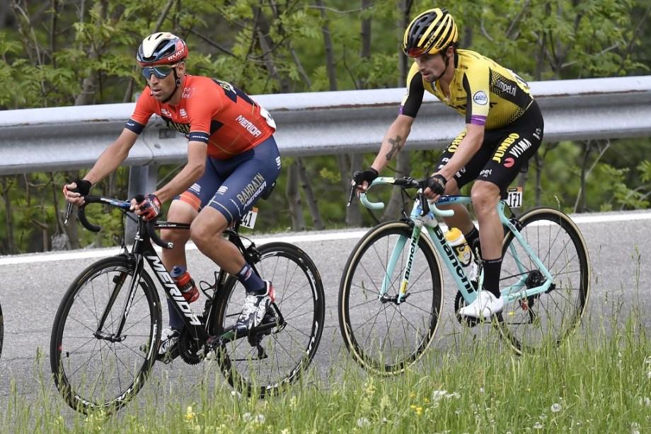 Nibali e Roglic durante la quattordicesima tappa.