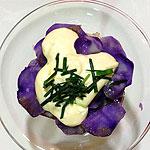 Ensaladilla de patata violeta y alioli de lima. Koketo