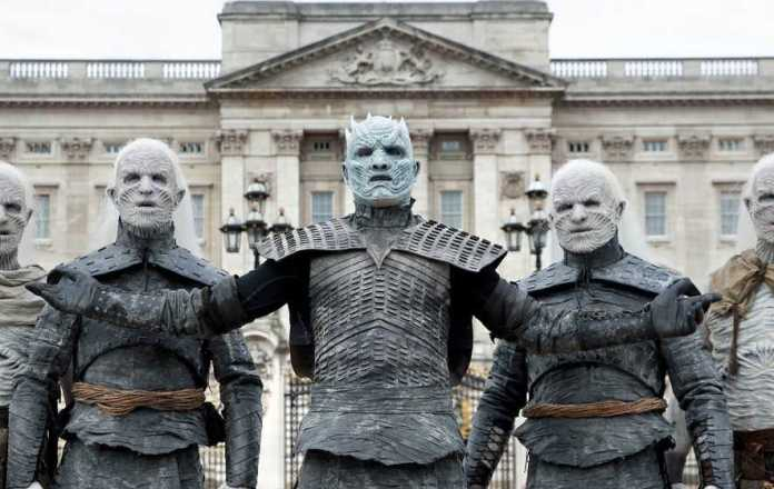 Winter Is Coming! White Walkers Descend Upon The City Of London 3