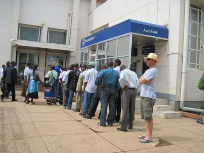 Sallah Break: Bank Customers Face Challenges Withdrawing Cash At ATM Centres 2