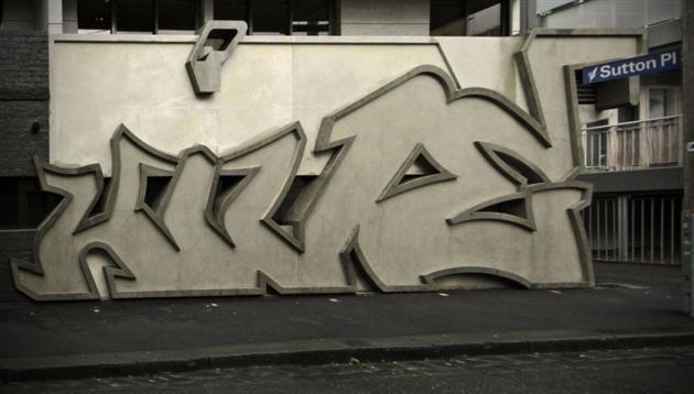 Street-Graffiti-Art-Inspired-Hive-Apartment-in-Australia-5