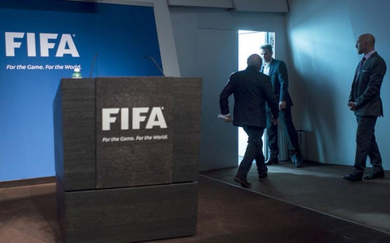 Vers l'interdiction des prêts — FIFA