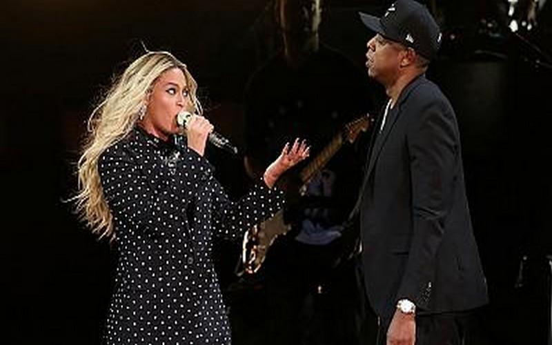 Beyoncé et Jay-Z célèbrent Mandela le 2 décembre prochain à Johannesbourg