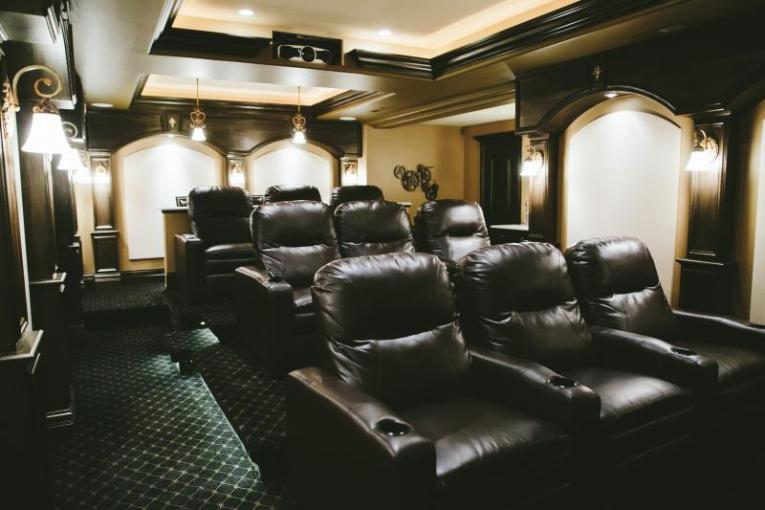 Traditional Home Theaters   Kole Digital custom home theater design