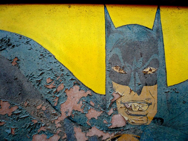 Peeling Batman / Bart Heird (CC BY-NC-ND 2.0)