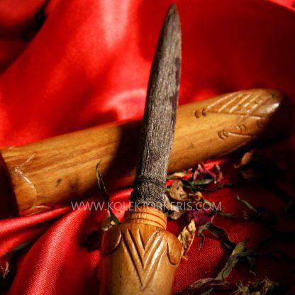 tombak menur kerajaan singasari