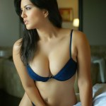 Actress Sunny Leone Hot Stills (8)