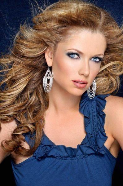 Makeup Artist And Hair Stylist Beauty Portfolio Krystle