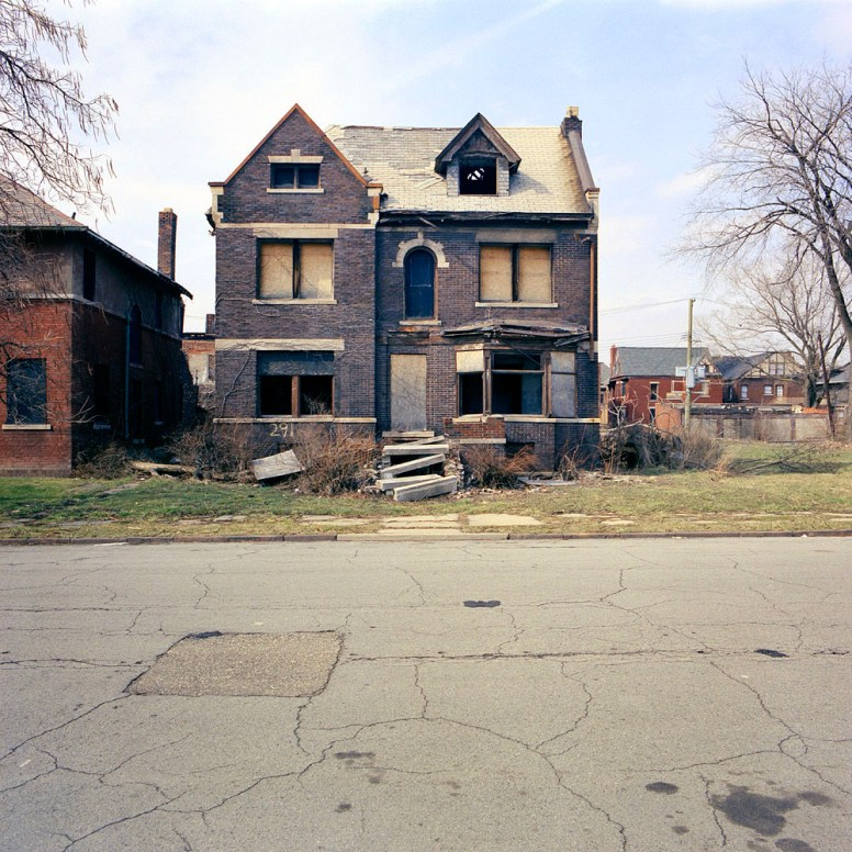 Detroit Abandoned Homes_11.jpg