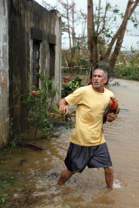 Puerto Rico, Hurricane Maria, Natural Disaster, Puerto Rico, Hurricane Clean Up, KOLUMN Magazine, KOLUMN