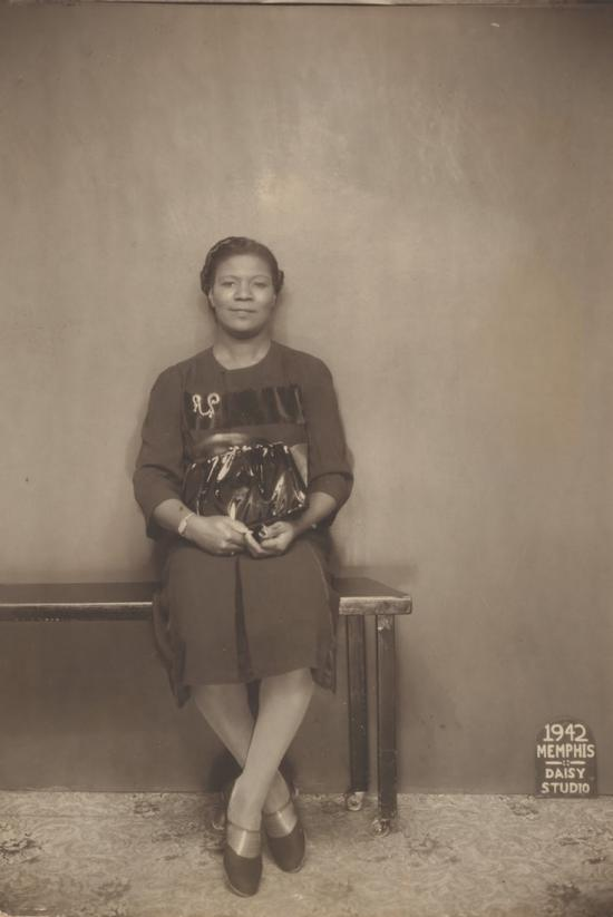 African American Portraits: Photographs from the 1940s and 1950s, Metropolitan Museum of Art, African American History, Black History, African American Communities, Black Communities, African American Photography, KOLUMN Magazine, KOLUMN, KINDR'D Magazine, KINDR'D