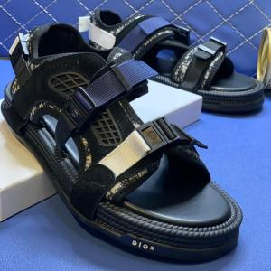 Christian Dior Sandals In Nigeria For Sale