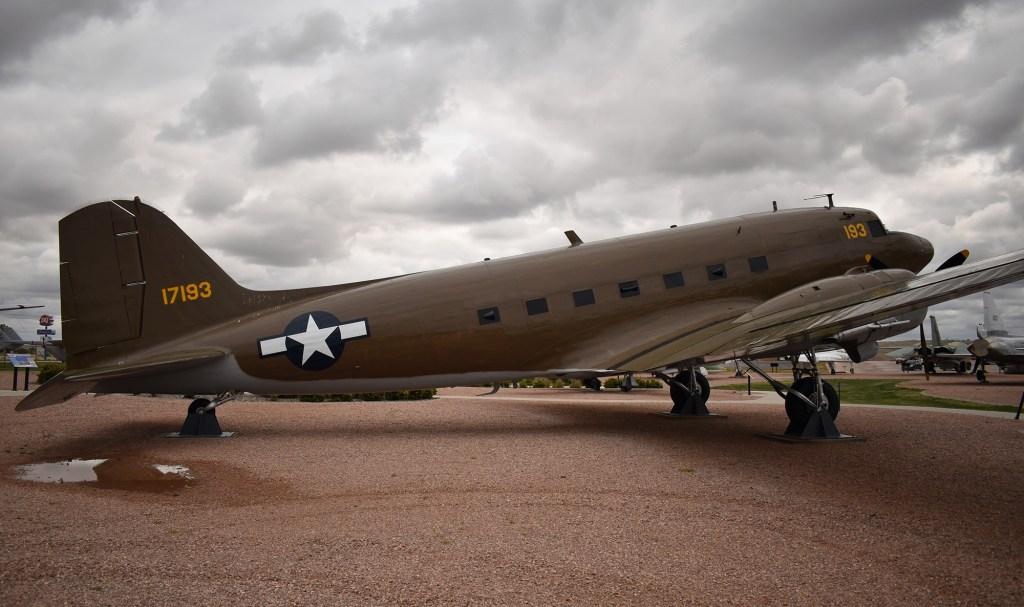 C-47 Skytrain/Dakota