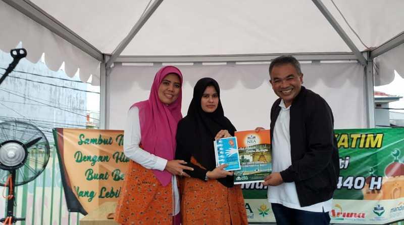 Ditandai Penyerahan Buku Super Best Seller, NRA Group Bermitra dengan Paguyuban POS