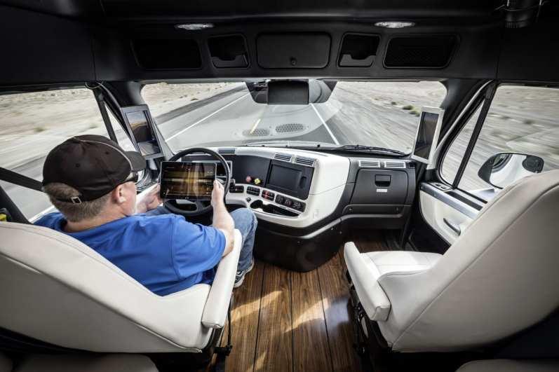 Freightliner Inspiration Truck - Dashboard (Full View)