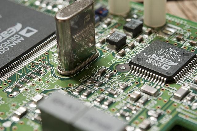 Pengertian IC (Integrated Circuit) Pada Komputer