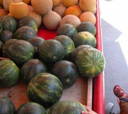 Girit'te bir pazar yeri – MEYVELER ve ÇİÇEKLER