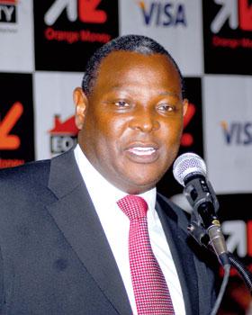Dr James Mwangi