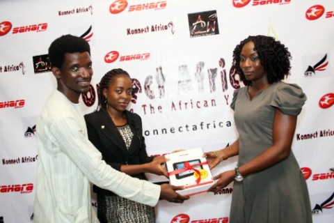 Ife&Kunle present the 3rd-place prize to Oge Okafor-representing Henrietta Okafor