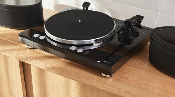 Yamaha präsentiert den MusicCast Plattenspieler VINYL 500