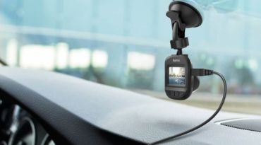 hama - Dashcam mit Ultra-Weitwinkelobjektiv